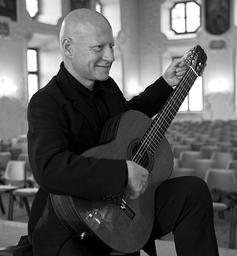 Philippe Loli : guitar recital in Asia / Philippe Loli, guit.   Loli, Philippe,. Interprète